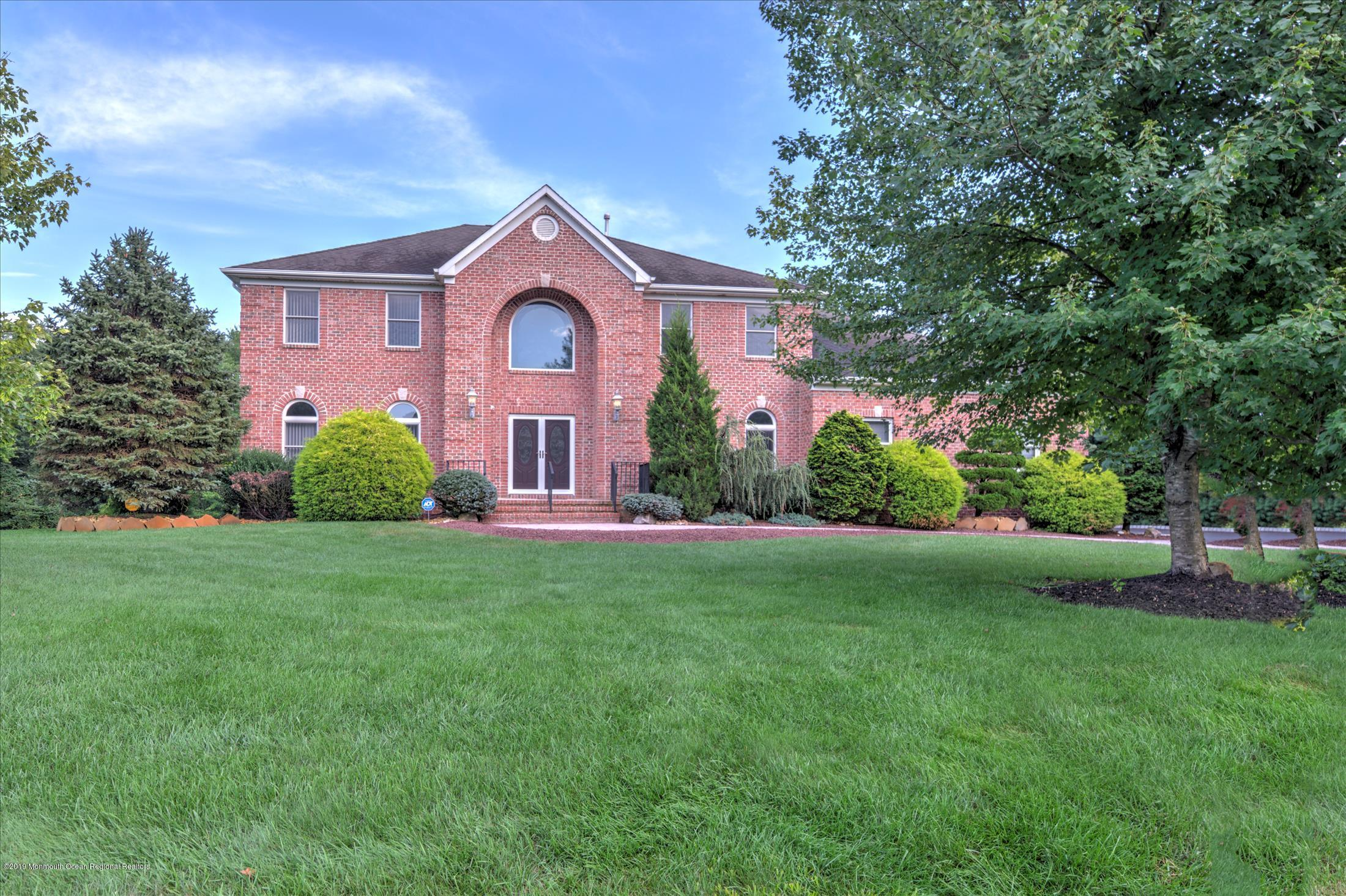 2  Pharo Lane,  Millstone, NJ