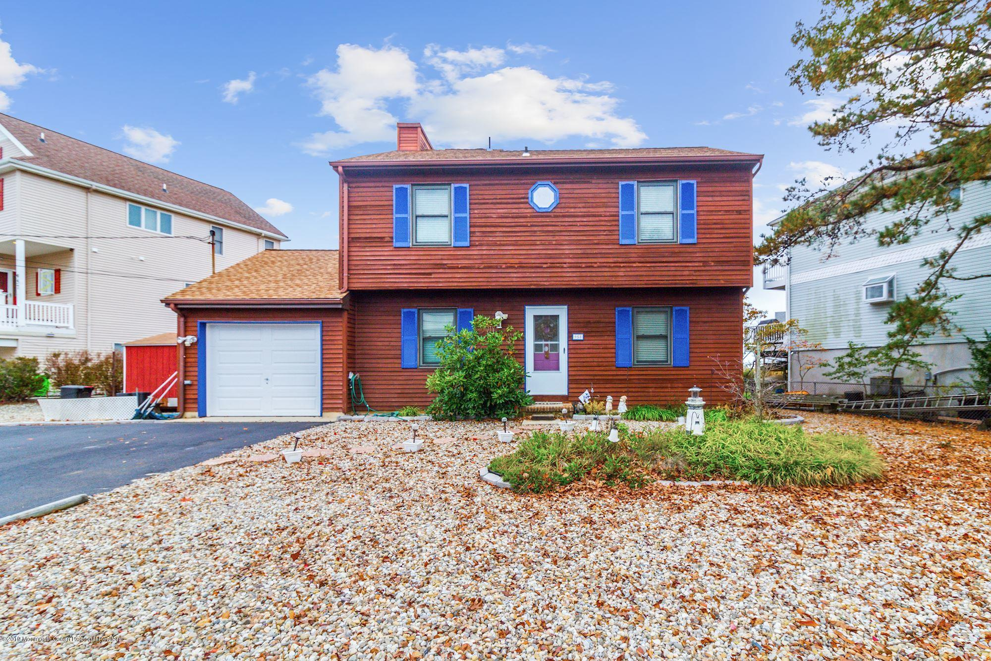 958  Meadow Lark Drive,  Lanoka Harbor, NJ