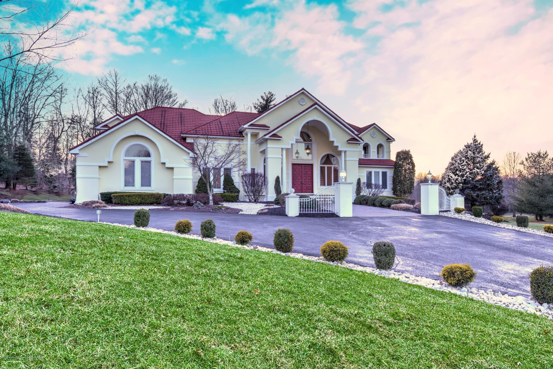 13  Haviland Drive,  Millstone, NJ