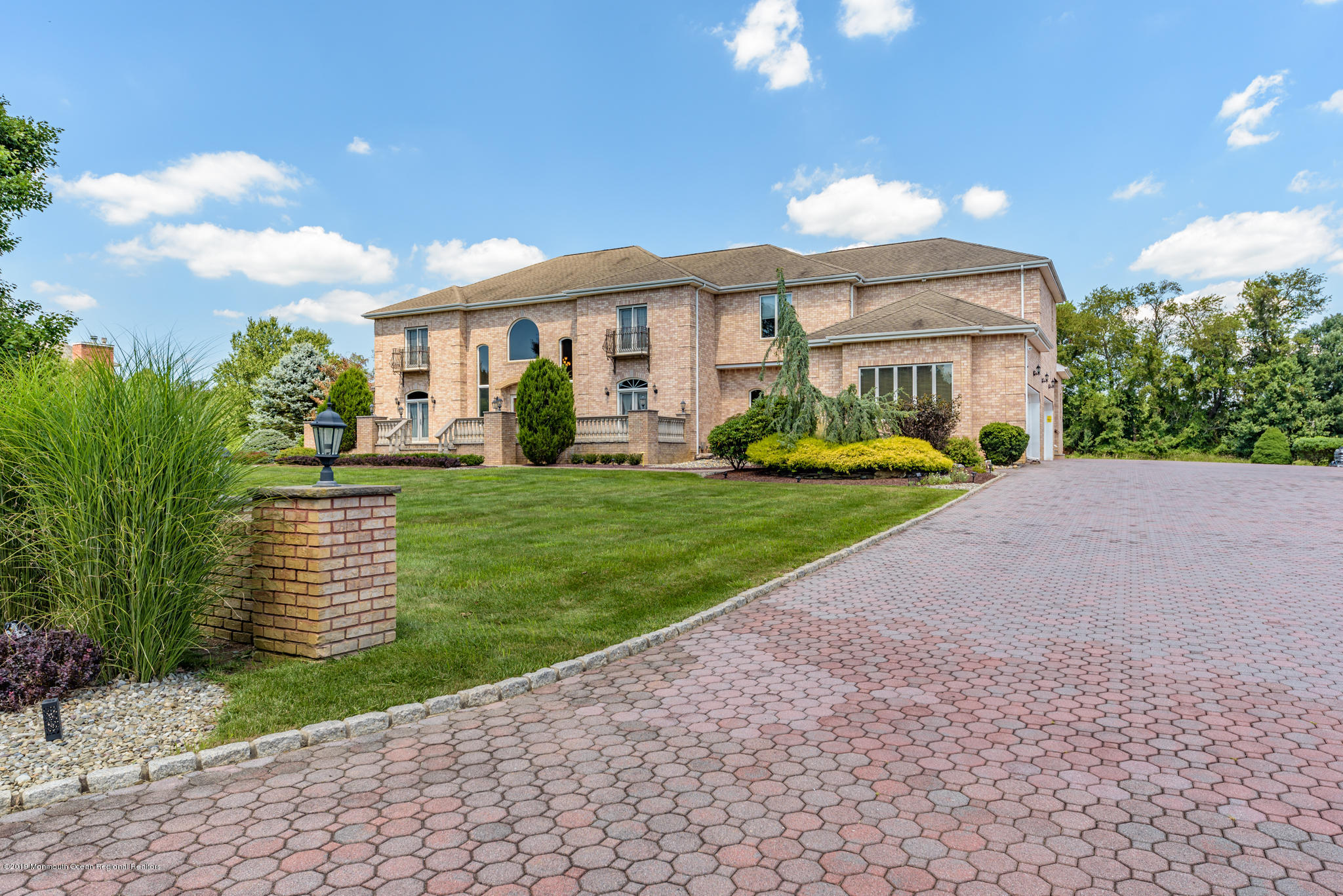 7  Lebers Lane,  Millstone, NJ