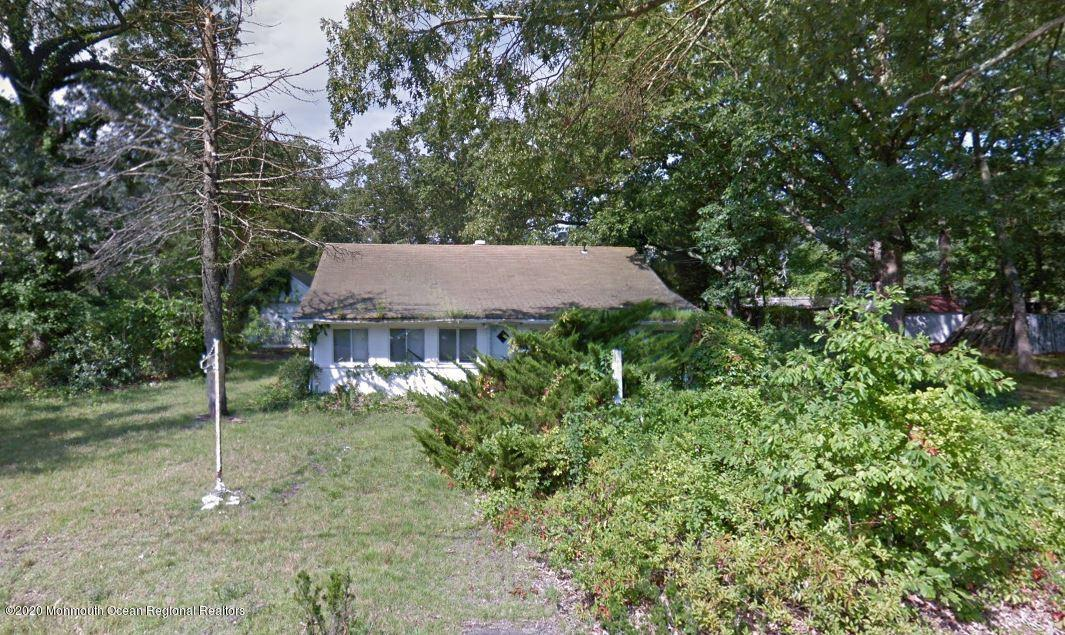 146  Forest Drive,  Lakewood, NJ