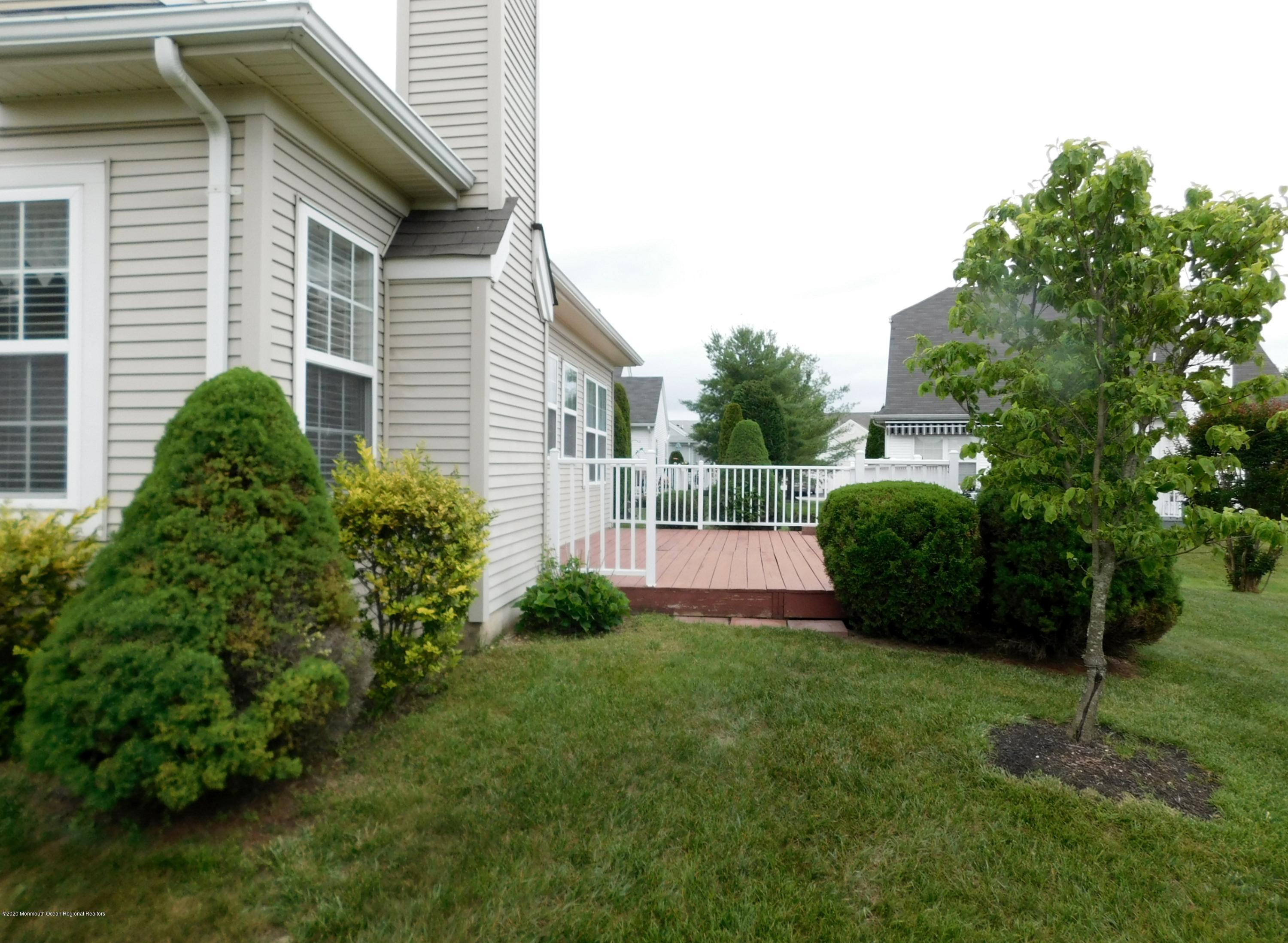 75 Halsted Drive, Manchester, NJ, 08759