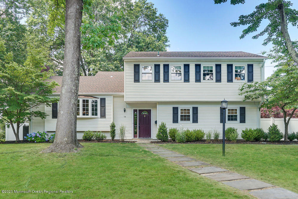 16  Devonshire Court,  Middletown, NJ