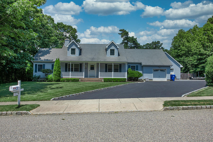 717  Rabbit Run,  Brick, NJ
