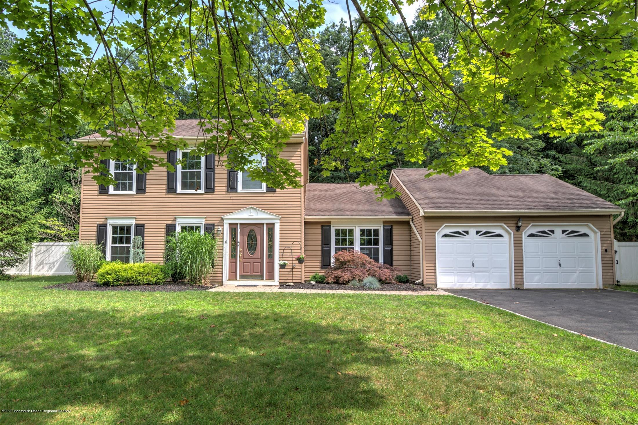 10  Prides Lane,  Marlboro, NJ