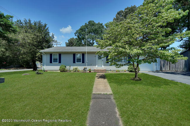 202  Walnut Drive,  Lanoka Harbor, NJ
