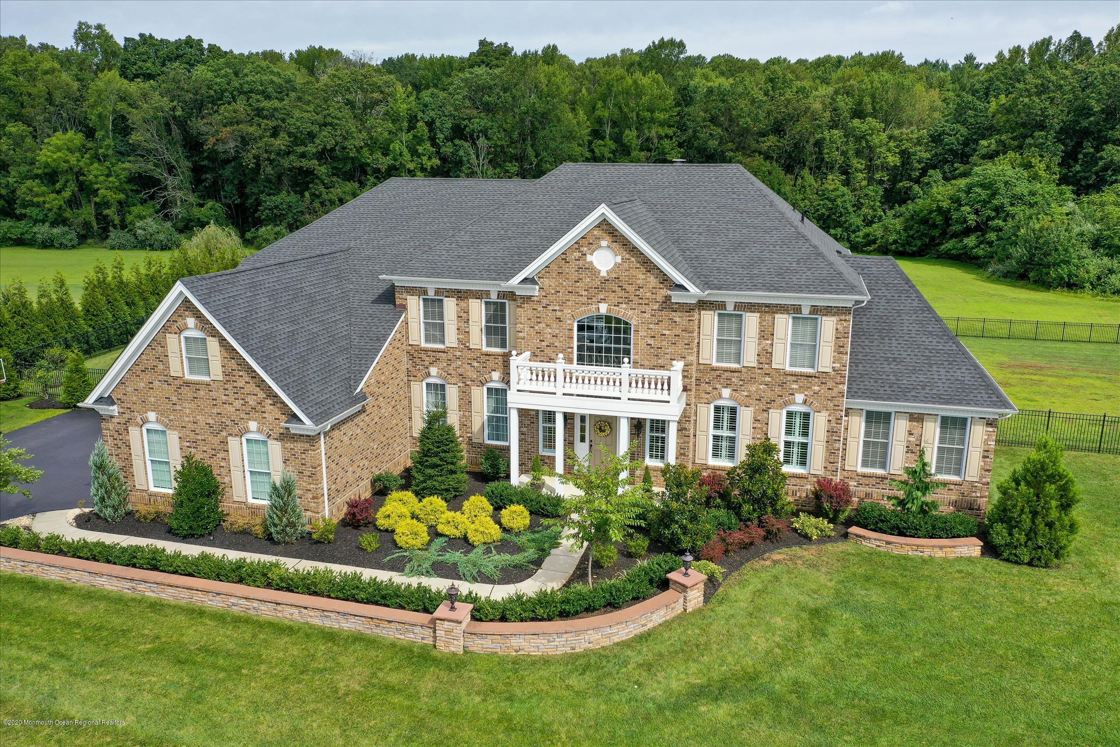 26  Weathervane Circle,  Cream Ridge, NJ