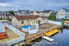 124  Evelyn Drive,  Manahawkin, NJ