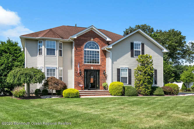 34  Woodview Drive,  Howell, NJ