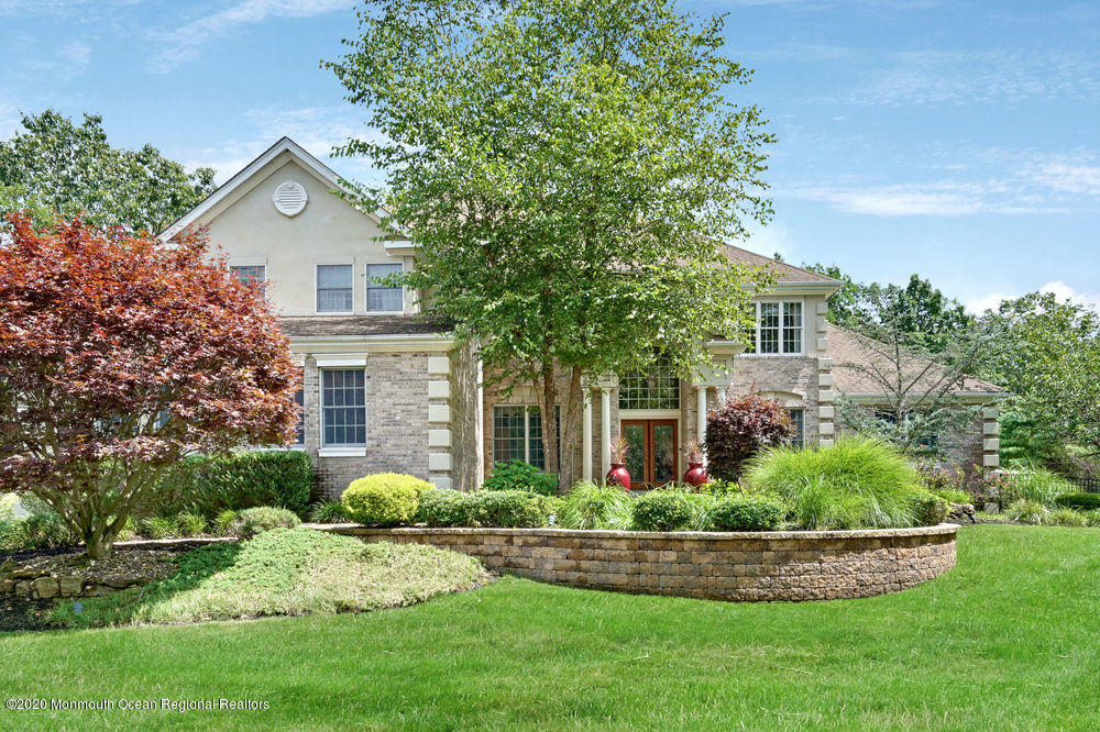 1  Boulder Creek Court,  Jackson, NJ