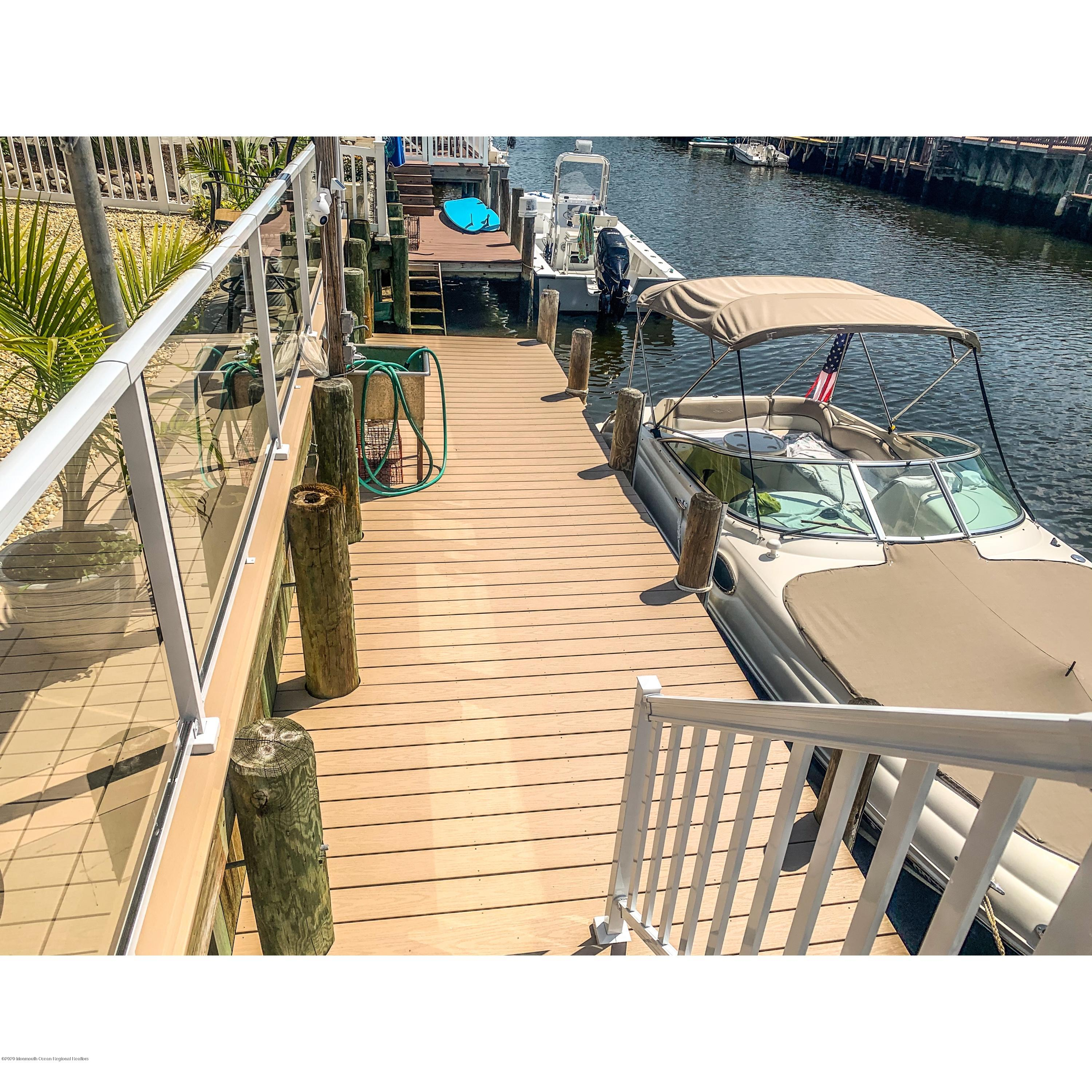 67  Beverly Lane,  Manahawkin, NJ