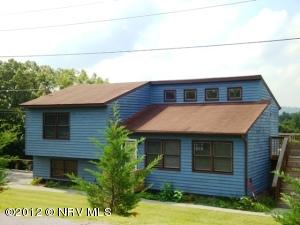 3615  Kirby,  Christiansburg, VA