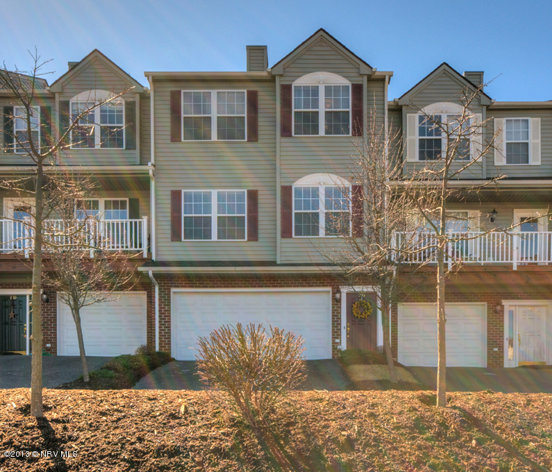 740  Oak Tree,  Christiansburg, VA