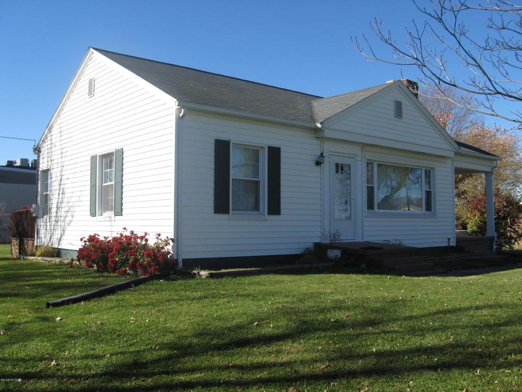 170  Simmons,  Christiansburg, VA