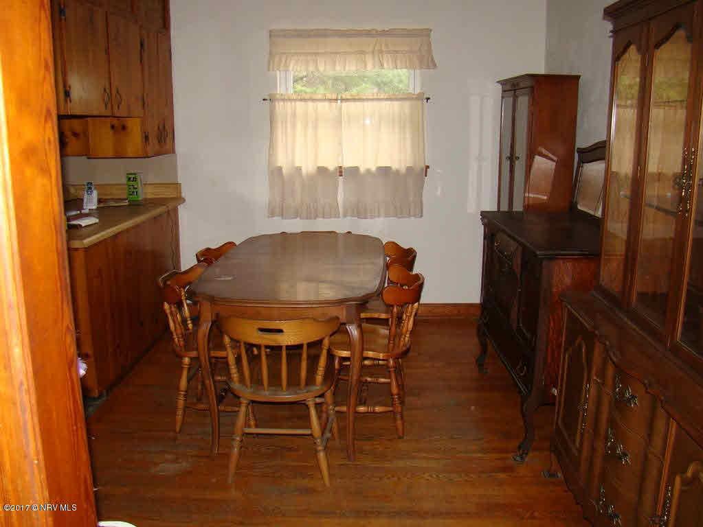 1812 Oak Grove, Austinville, VA, 24312
