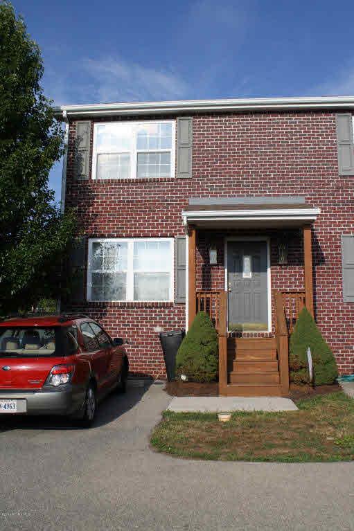215  Hunters Ridge,  Christiansburg, VA