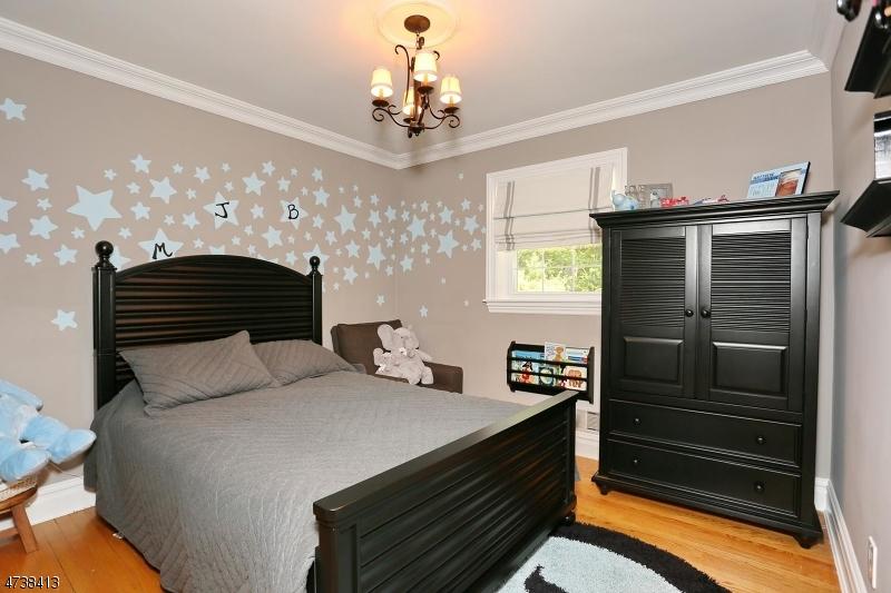 885 Colonial Rd, Franklin Lakes Boro, NJ, 07417