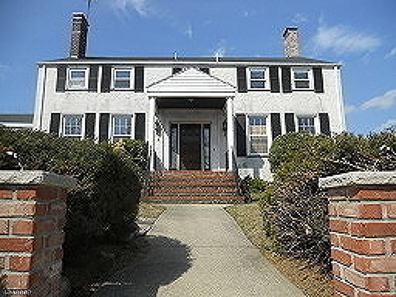 91  Totowa Ave,  Paterson City, NJ