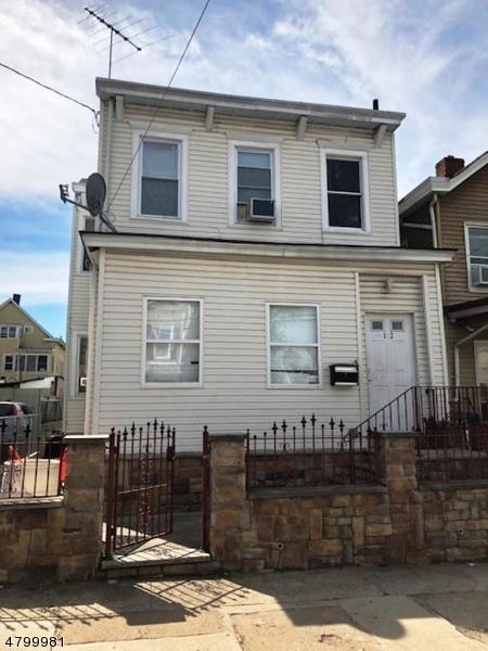 102  E 17th St,  Paterson City, NJ