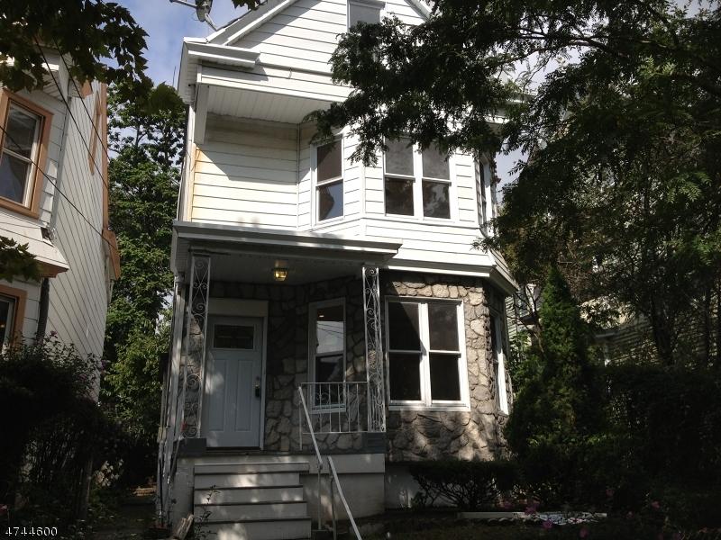 694  E 28th St,  Paterson City, NJ