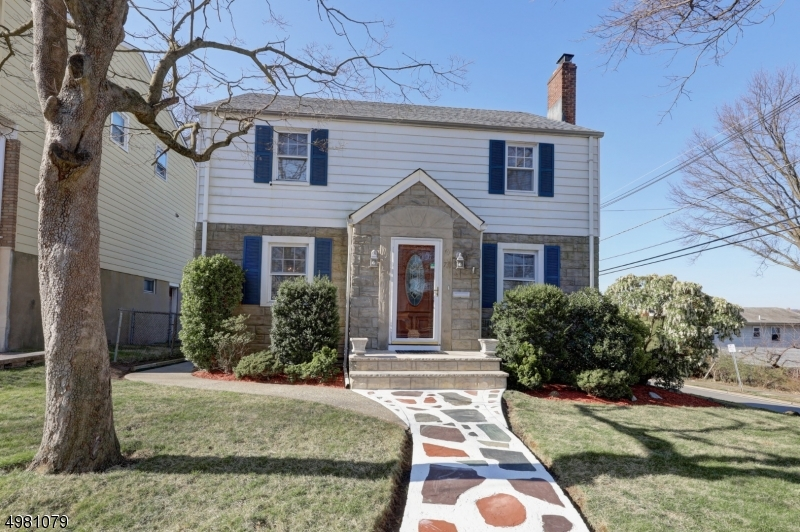 73  Cresthill Ave,  Clifton City, NJ