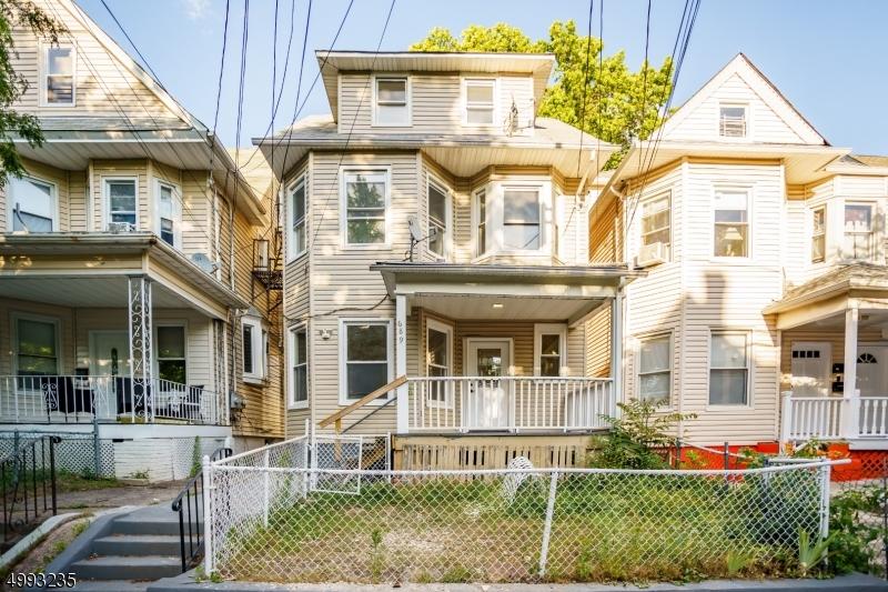 689  E 28th St,  Paterson City, NJ