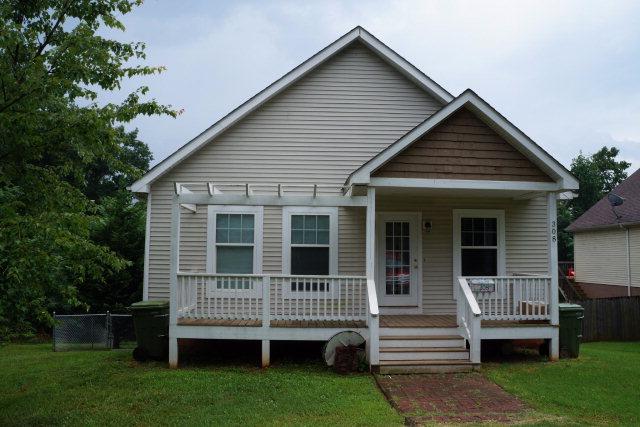 308  Cedar Avenue,  Farmville, VA