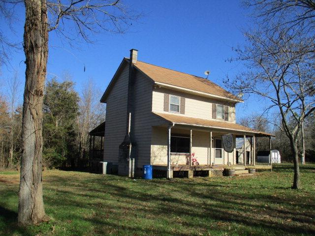 19  Lowgrounds Road,  Farmville, VA