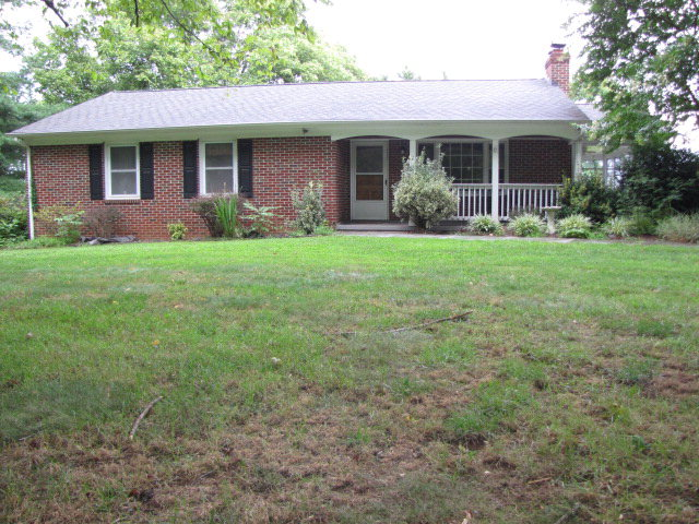 331  High View Road,  Farmville, VA