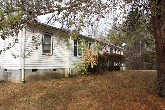 325  Zion Hill Rd,  Farmville, VA