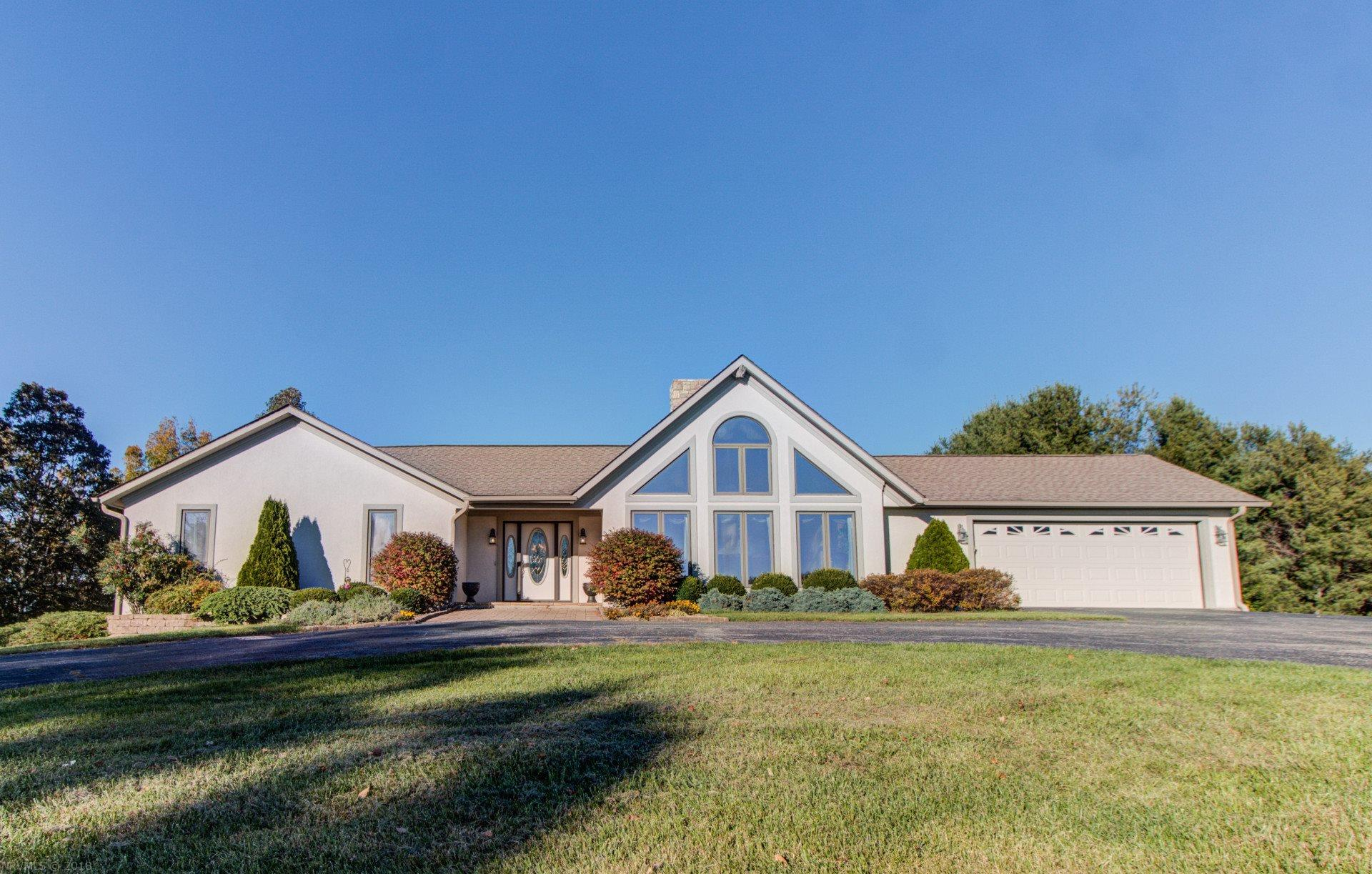 3368  Bethlehem Church,  Floyd, VA
