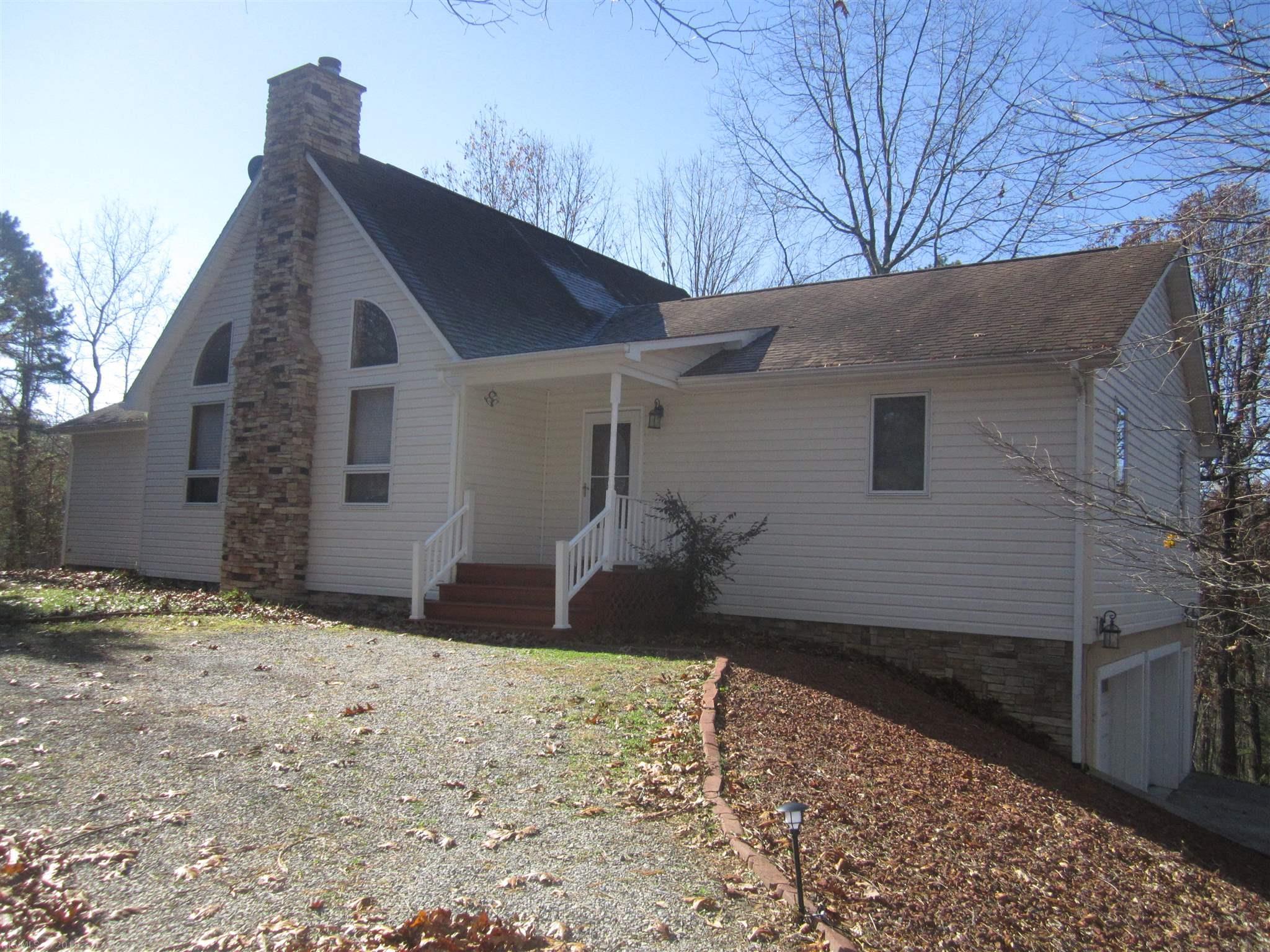 3305  Eaglebrook,  Christiansburg, VA