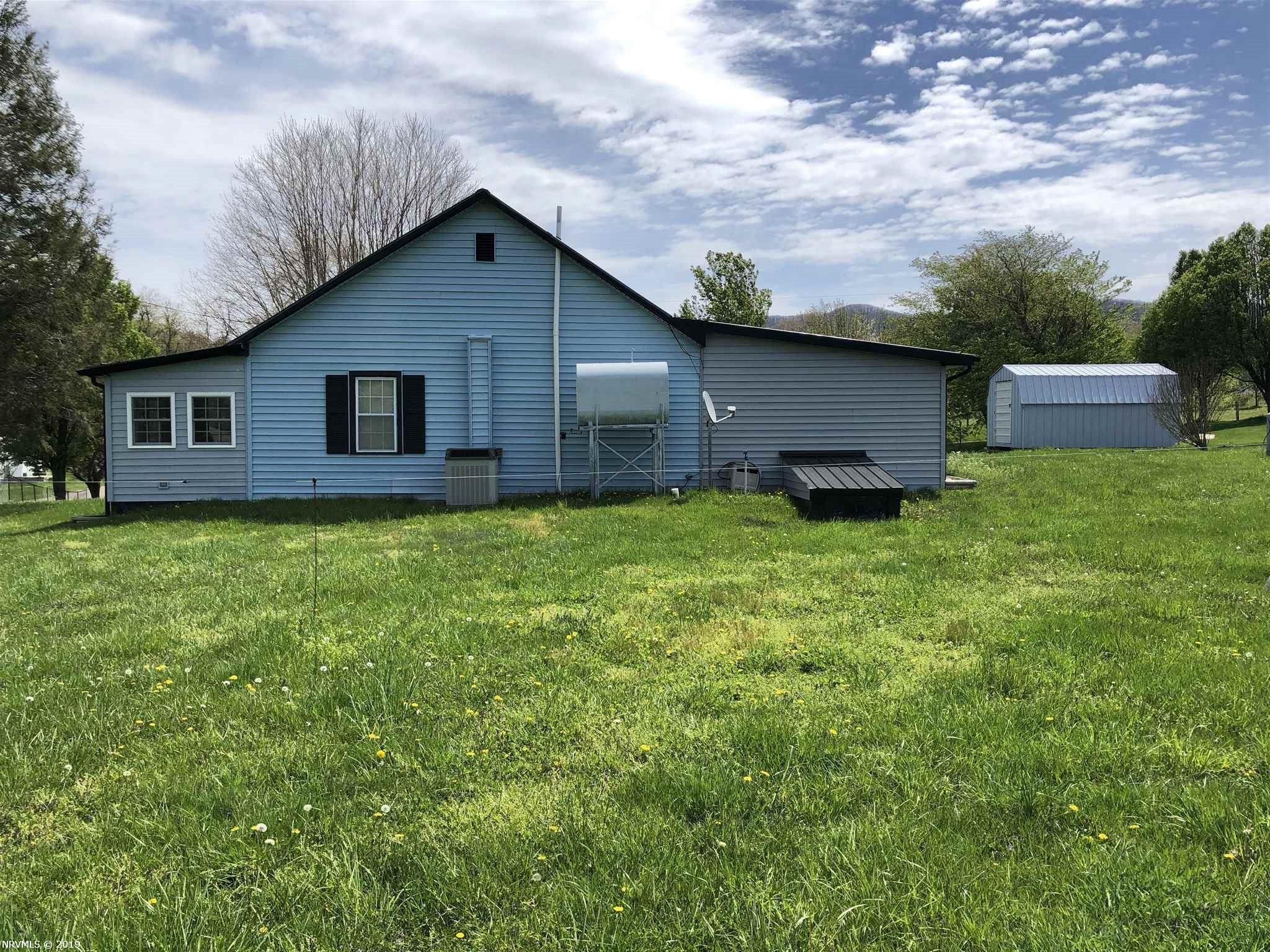 532 Barton, Sugar Grove, VA, 24375