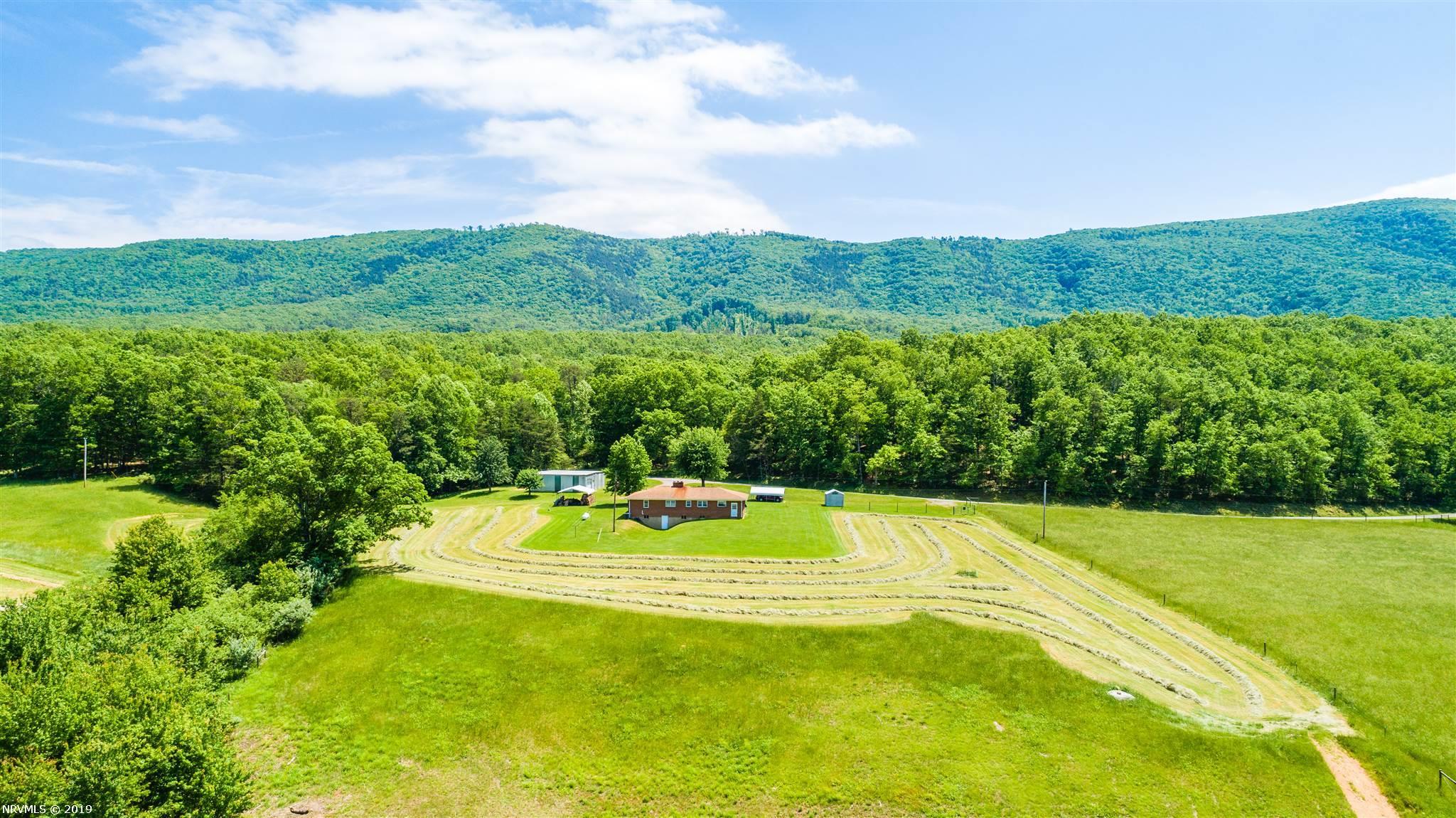 1667  Johns Creek,  New Castle, VA