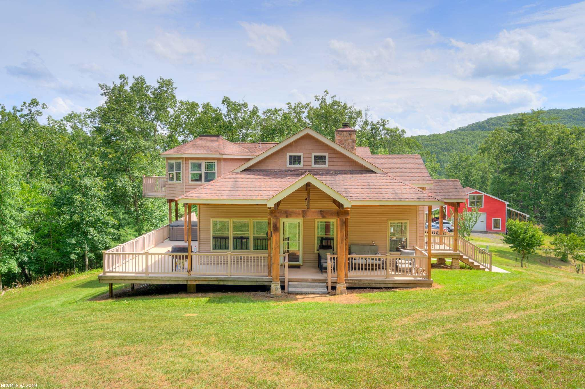 1386  Indian Valley,  Radford, VA