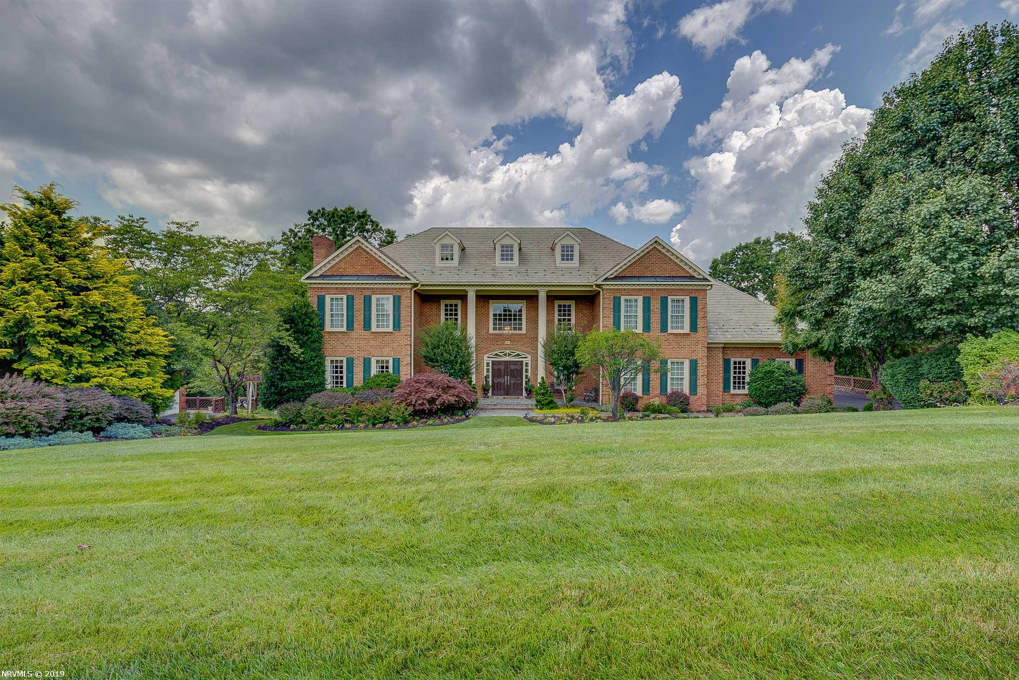 5317  Fox Ridge,  Roanoke, VA