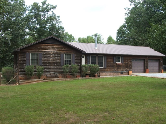 1805  County Line Road,  Keysville, VA