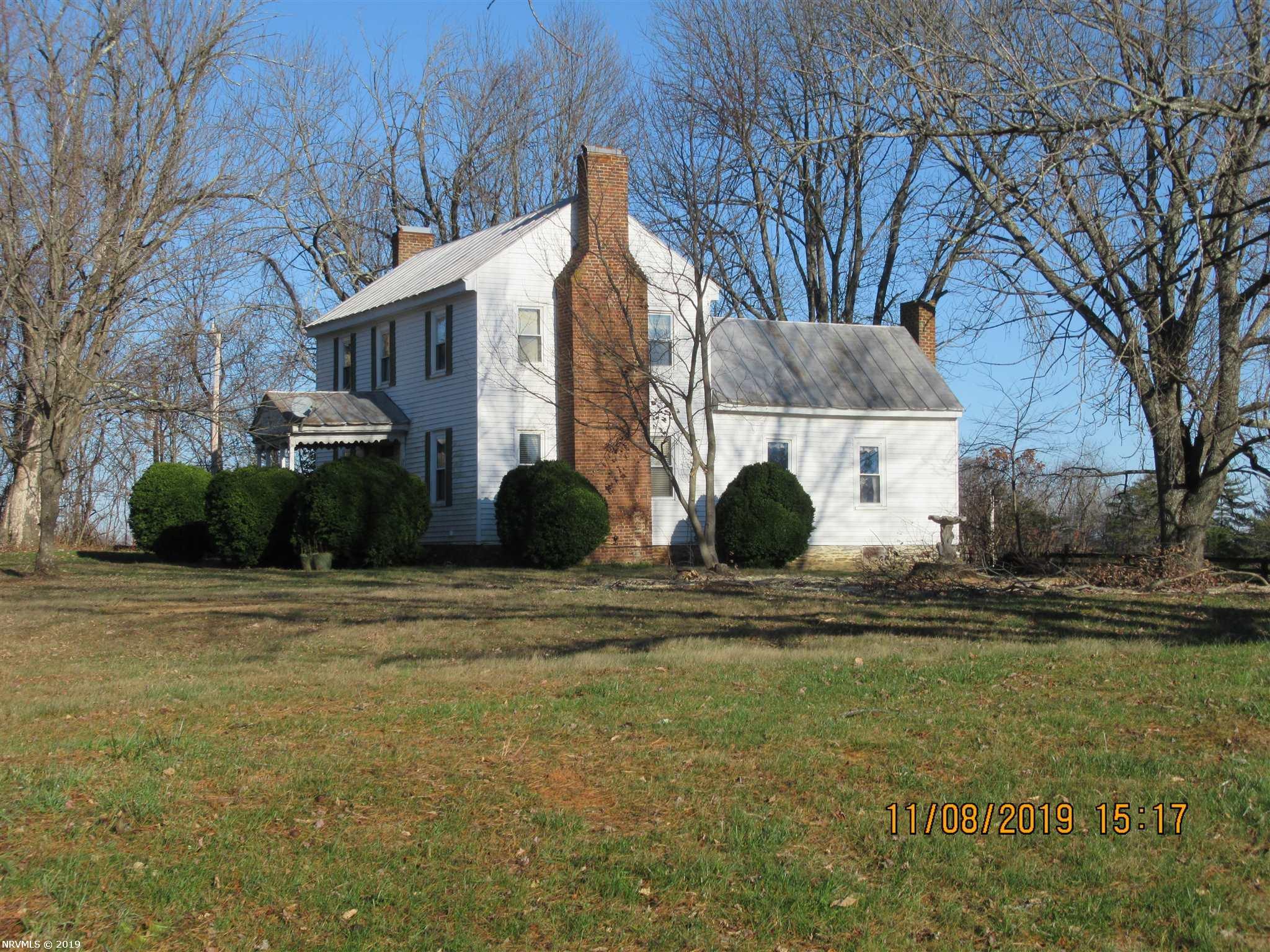 463  Rose Hill,  Floyd, VA