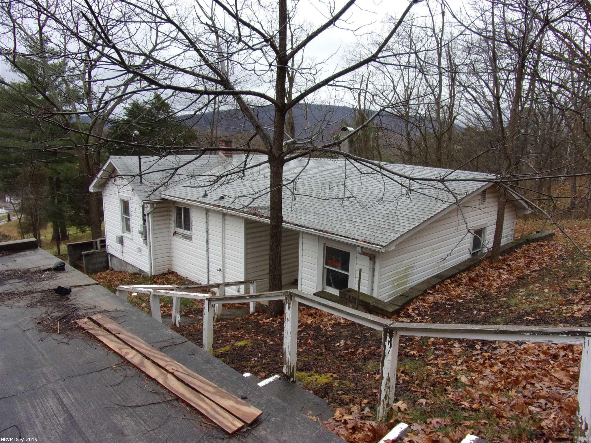 216  Mountain View,  Rich Creek, VA