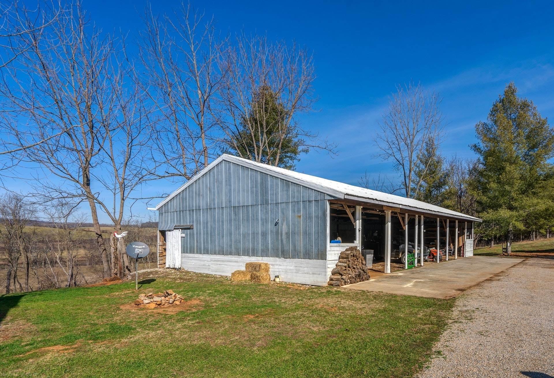 531 Kohler, Austinville, VA, 24312