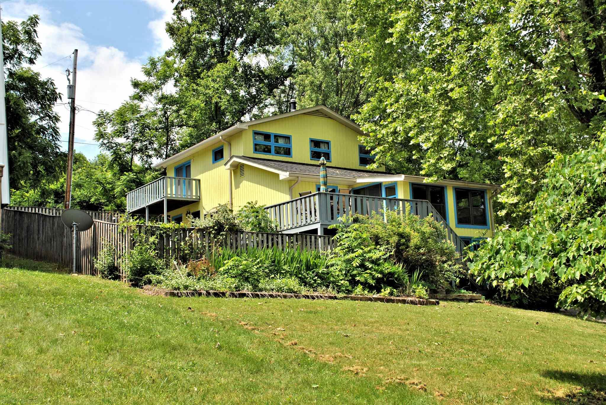 2935  Blackberry,  Hiwassee, VA