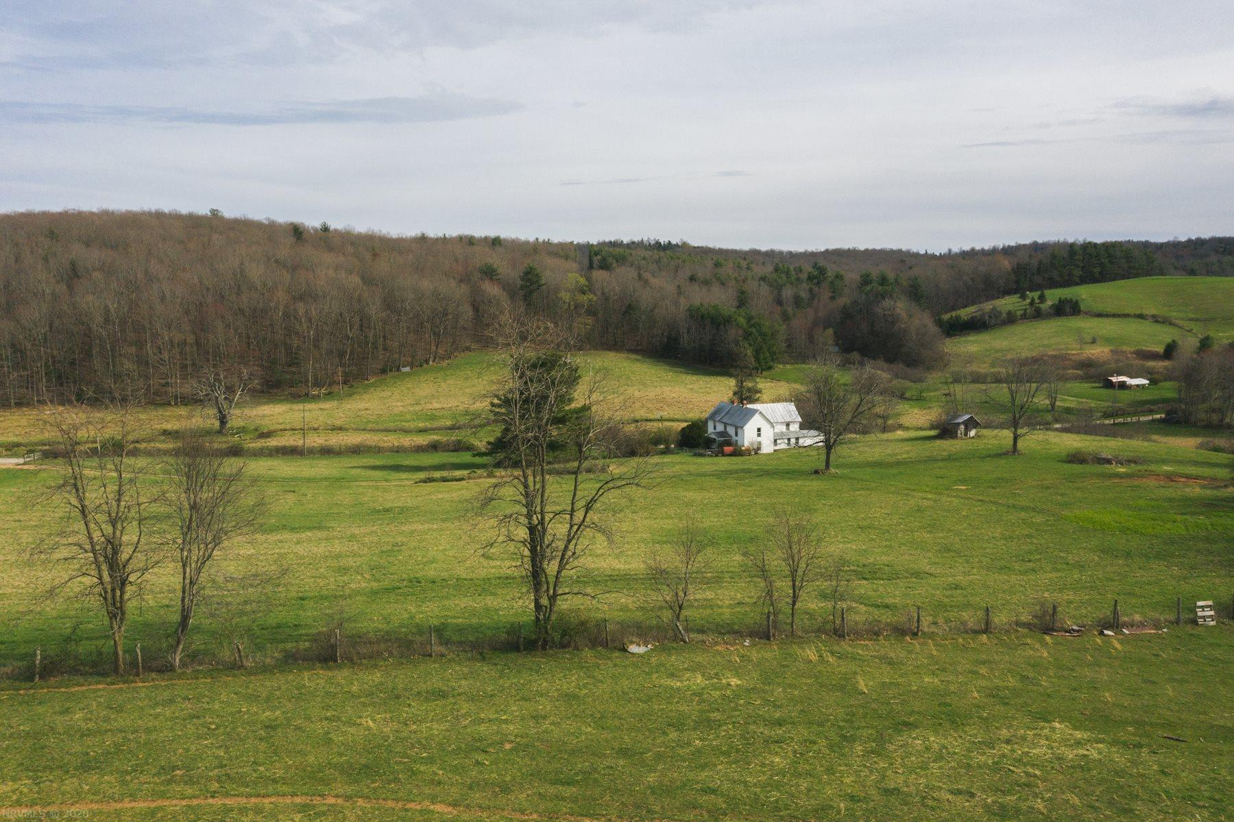 326  Spring Dale,  Floyd, VA
