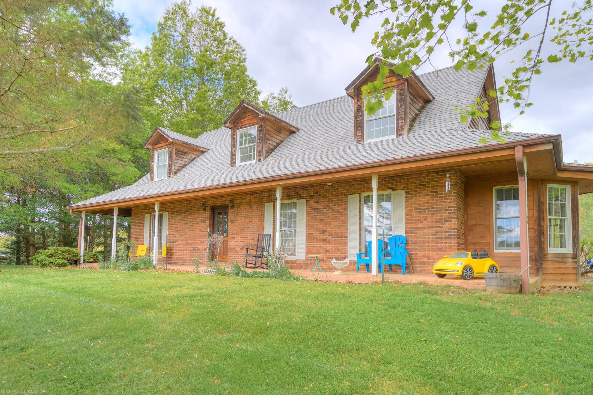 4431  Shady Grove,  Blacksburg, VA