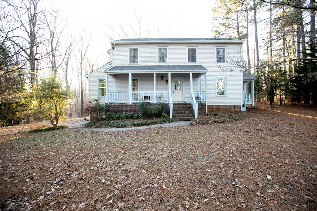 1730  Price Drive,  Farmville, VA