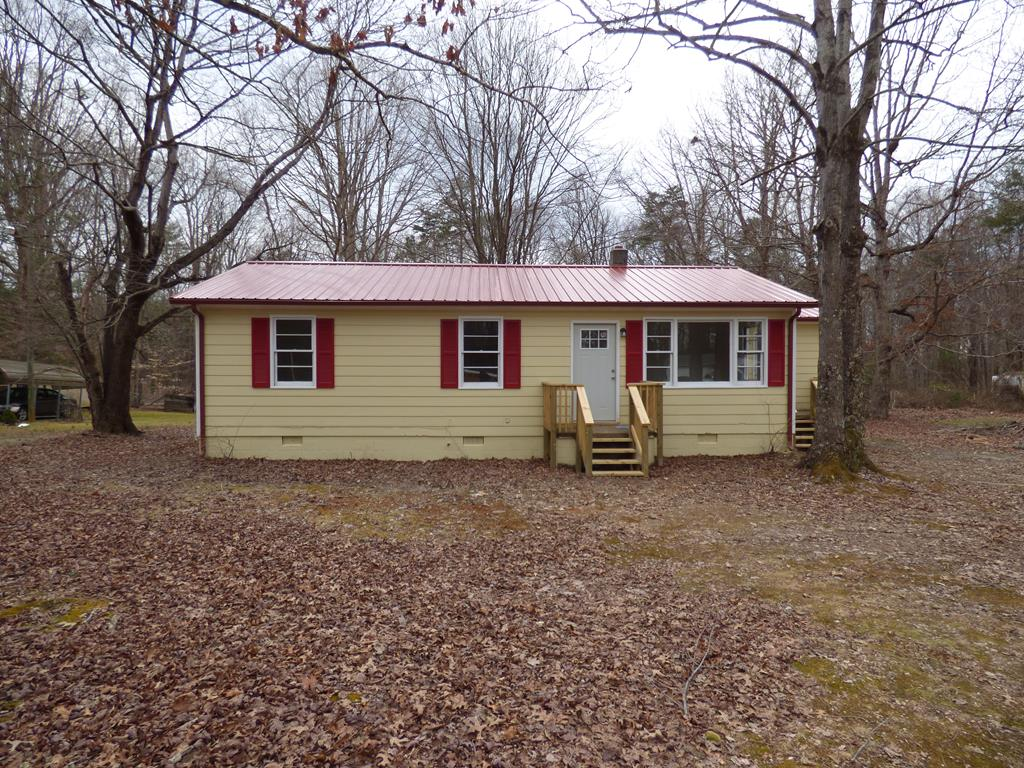 2203  Oak Hill,  Buckingham, VA