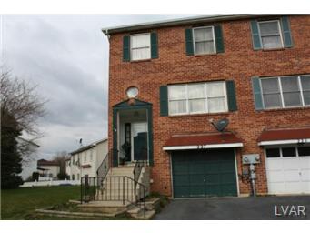 227  Vista,  Easton, PA