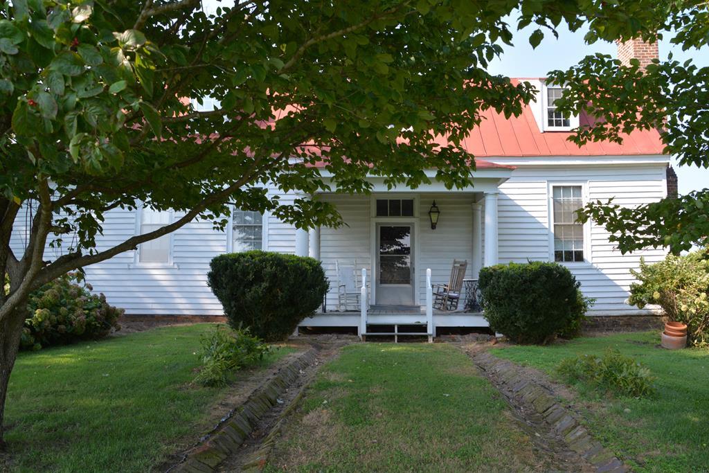 1000  Northview Dr,  Farmville, VA