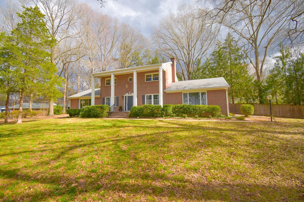 1500  Gilliam Dr,  Farmville, VA