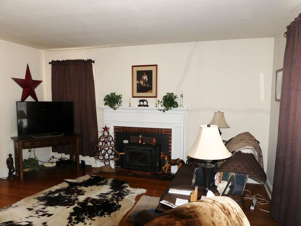 9914 Gov Harrison Pkwy, Lawrenceville, VA, 23868