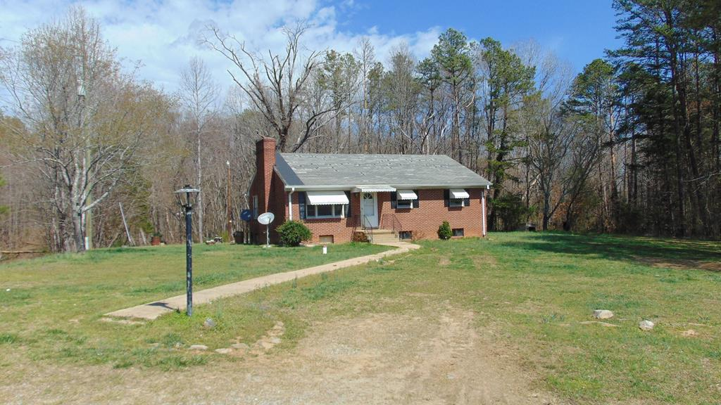 1020  Mitchell Trail,  Scottsburg, VA